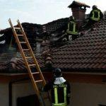 Mignanego – Brucia il tetto di una casa in via Monte Cismone