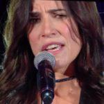 """Sanremo 2017, Paola Turci canta """"Fatti bella per te"""""""