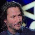 Sanremo 2017, Keanu Reeves suona con l'orchestra