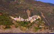 Cade un masso, chiuso il sentiero tra Levanto e Monterosso