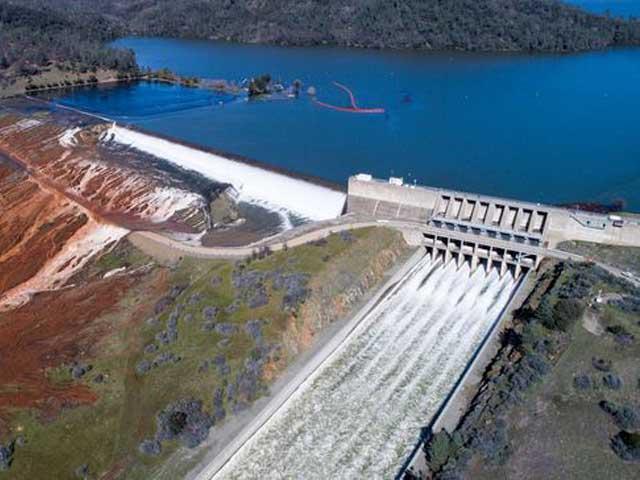 La diga più alta degli Stati Uniti a rischio collasso