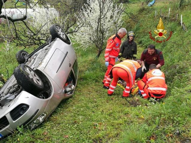 Nella foto, l'incidente avvenuto questa mattina