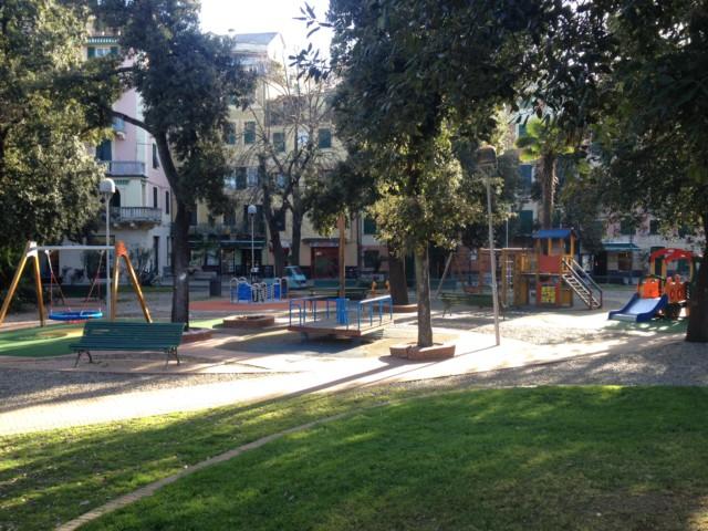 Nella foto, la nuova area giochi di piazza Staglieno a Levanto