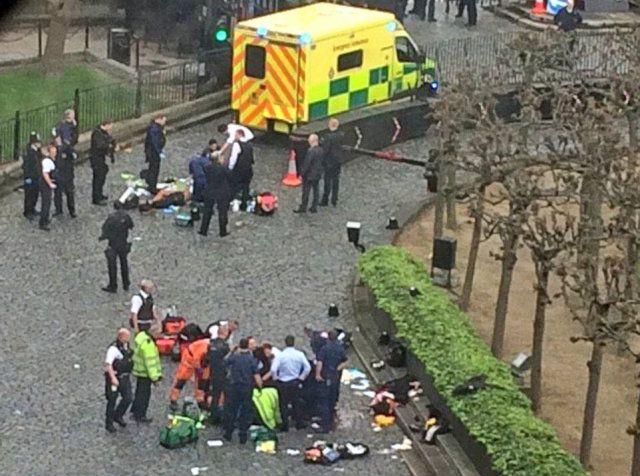 Attacco a Londra: identificato l'attentatore, è Khalid Masood