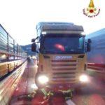Camion in fiamme sull'Autostrada A10 – Ancora traffico nel caos