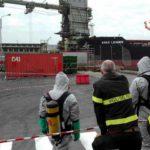 La Spezia, possibile sversamento tossico in porto