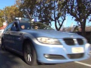 Tir esce di strada sulla A7 tra Busalla e Bolzaneto