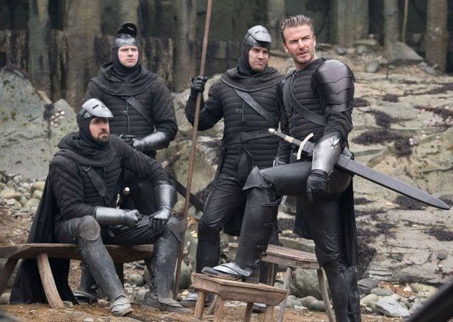 King Arthur porta i gangster londinesi dentro il fantasy