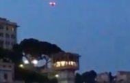 Drone sorvola il Centro Storico di Genova tra paura e curiosità - VIDEO