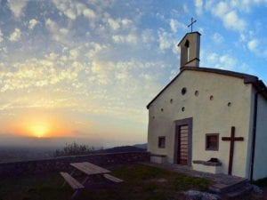 La chiesa del Castellare prima dell'esplosione
