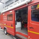 Roma, fiamme in un autodemolitore a Pietralata: due ustionati. Uno è grave