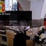 """Rapine violente a farmacie e gioiellerie nel ponente, arrestato """"Conan"""" – Video –"""