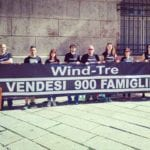 WIND TRE – Manifestanti in presidio sotto la Prefettura – VIDEO