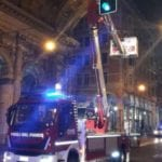 Genova – Cadono calcinacci dal Ponte Monumentale, chiusa via XX settembre