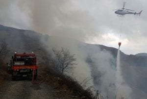 Bruciano ancora i boschi tra Olivetta San Michele e Airole