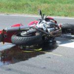 Torino, scontro tra moto e bus: 40enne in gravi condizioni