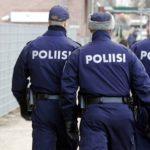 Attentato in Finlandia, uomo accoltella persone nel centro di Turku