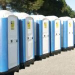 Savona, installati 12 bagni chimici sul litorale
