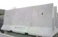 Terrorismo - Arrivano i blocchi di cemento in corso Italia