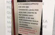 Milano, parcheggia sulla sosta per disabili e viene multato: