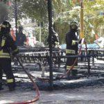 Levanto, fiamme nel parco giochi in piazza Staglieno