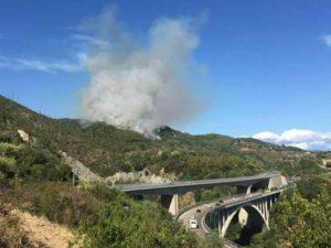 Incendio a Dolceacqua, fiamme innescate da un cortocircuito