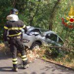 Bargagli, finisce con l'auto in una scarpata: donna salvata dai Vigili del Fuoco