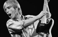 Addio a Tom Petty, stroncato da un infarto il Cappellaio Matto del rock