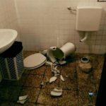 Lanterna di Genova – Vandali distruggono il bagno durante una visita