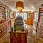 Alla scoperta di botteghe storiche e tradizioni in funicolare