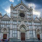Firenze, crolla un pezzo della navata di Santa Croce: una vittima