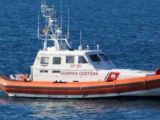 San Fruttuoso, notte in allarme per la Guardia Costiera per uno scontro fra imbarcazioni