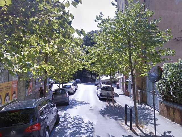 Via Bertani - Al via i lavori, strada chiusa almeno sino alla fine di luglio