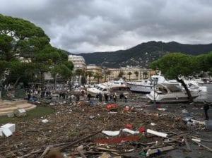 Rapallo, lungomare inagibile: sospeso il mercato settimanale