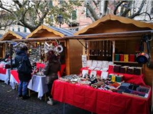 Natale insieme a Busalla, ultimo weekend per il Mercatino di piazza Macciò