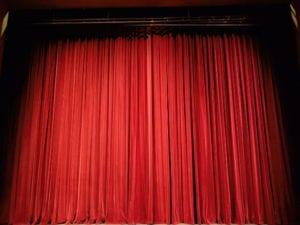 """Arenzano, al Teatro Il Sipario Strappato arriva lo spettacolo in dialetto genovese """"Vedove di bella presenza"""""""