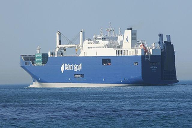 Nave carica di armi a Genova - I portuali bloccano il carico e dicono no al militare