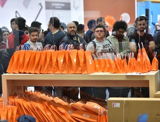 Xiaomi apre a Genova il nono Mi Store, fan in coda per l'inaugurazione