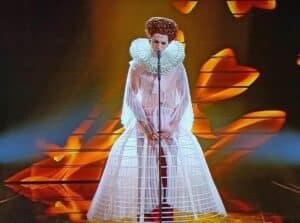 Achille Lauro Sanremo 2020 regina Elisabetta Tudor