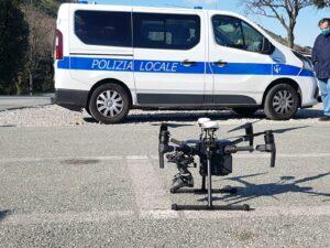 droni poliziotto coronavirus