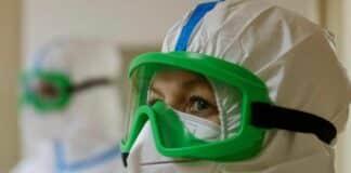 coronavirus maschera medico