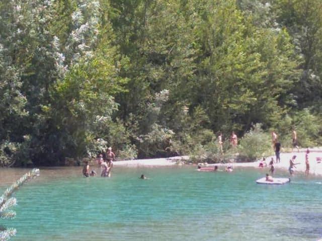 lago-vobbietta-bagnanti