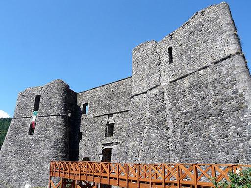 Santo Stefano Aveto castello