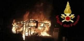 incendio camper Campi