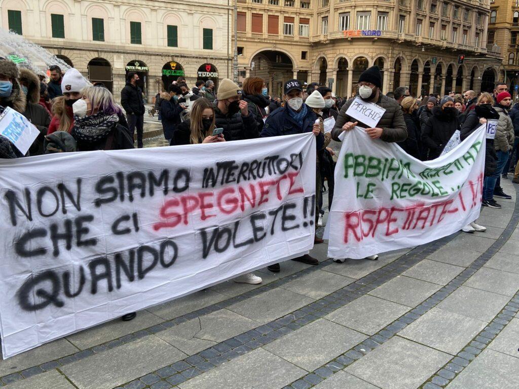 IoApro, da oggi ristoranti aperti anche in Liguria, ieri gli scontri di  piazza a Roma - Liguria Oggi