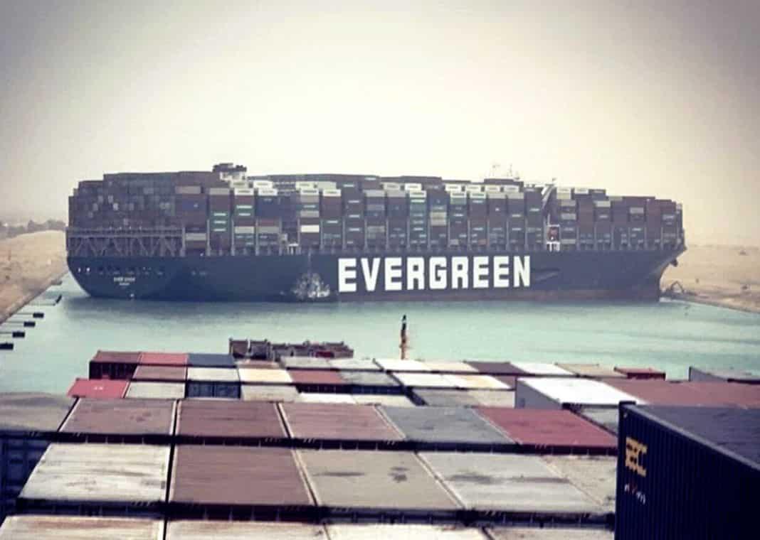 Ever Given evergreen incagliata Suez