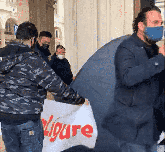Ristoratori Genova protesta