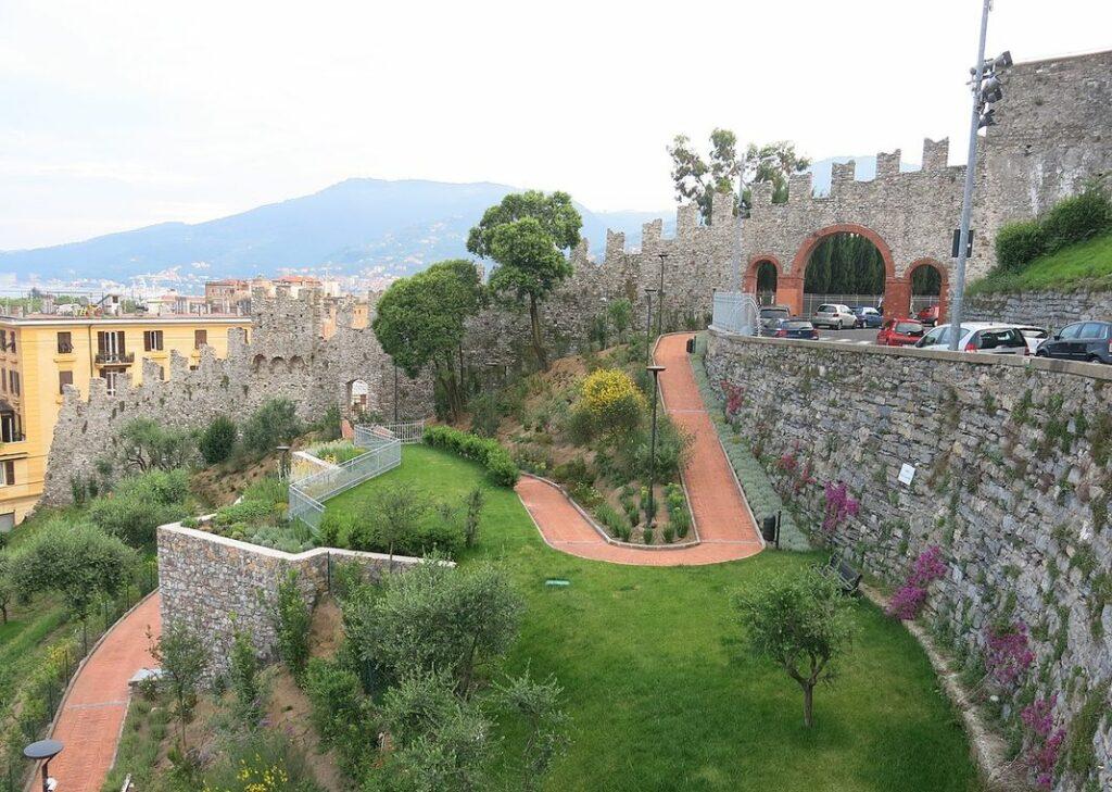 mura castello san Giorgio La Spezia