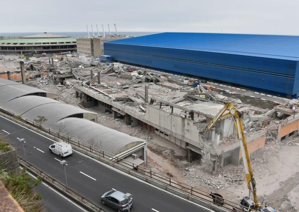 padiglione C demolito Fiera di Genova