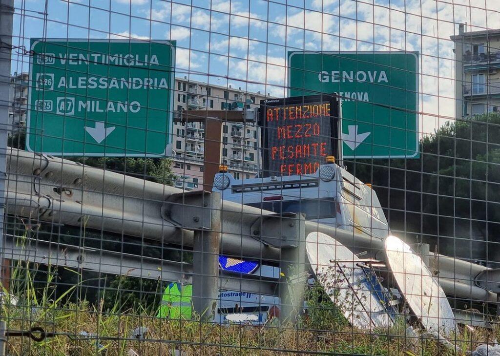 tir bloccato Genova Prà